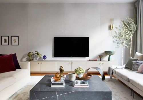 Tips for Arranging your Coffee Table in Home