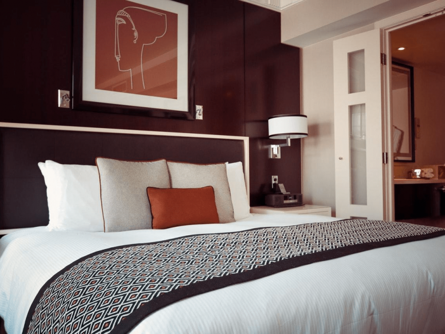 5 Ways to Decor Your Bedroom for a Better Night's Sleep