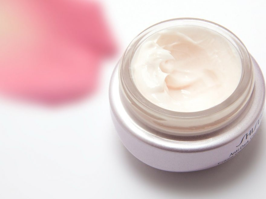 What Key Ingredients Do You Need to Look for in an Eye Cream