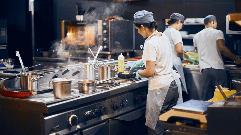 7 Tips to Manage Your Restaurant Kitchen Like Never Before